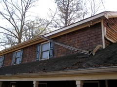 Roswell's Best Gutter Cleaners also installs gutters.